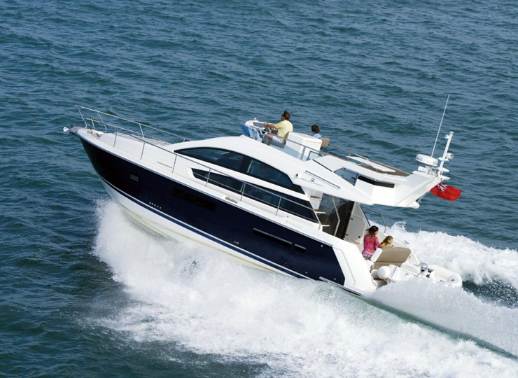 Hire Motor FAIRLINE 42 Yacht in Goa - Funkey Event
