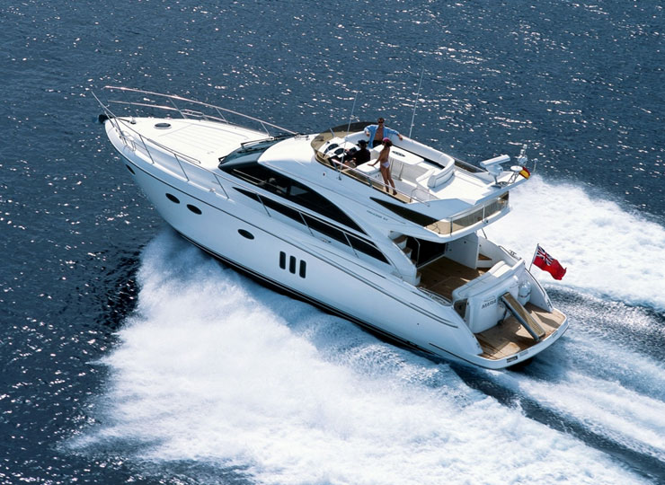 Hire princess 54 yacht rental goa - Funkey Event